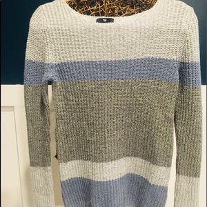 Woman's Gap Sweater